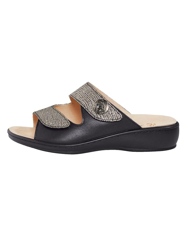 Nazouvací obuv se suchým zipem