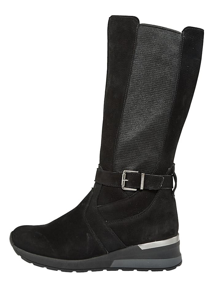 Stiefel mit Luftpolsterlaufsohle ausgestattet