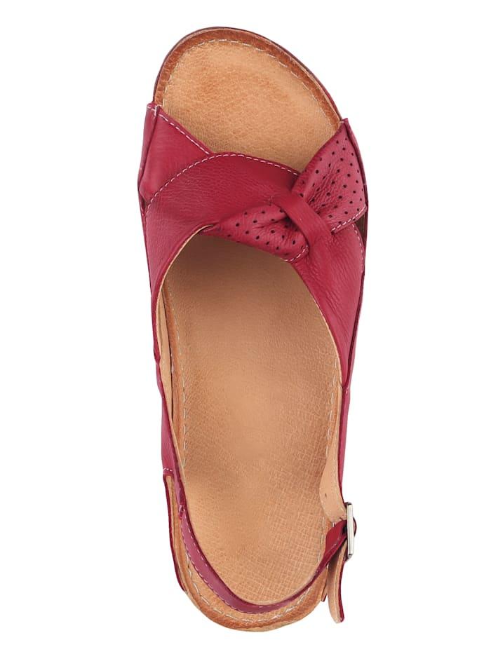 Sandaaltje met geraffineerde strik