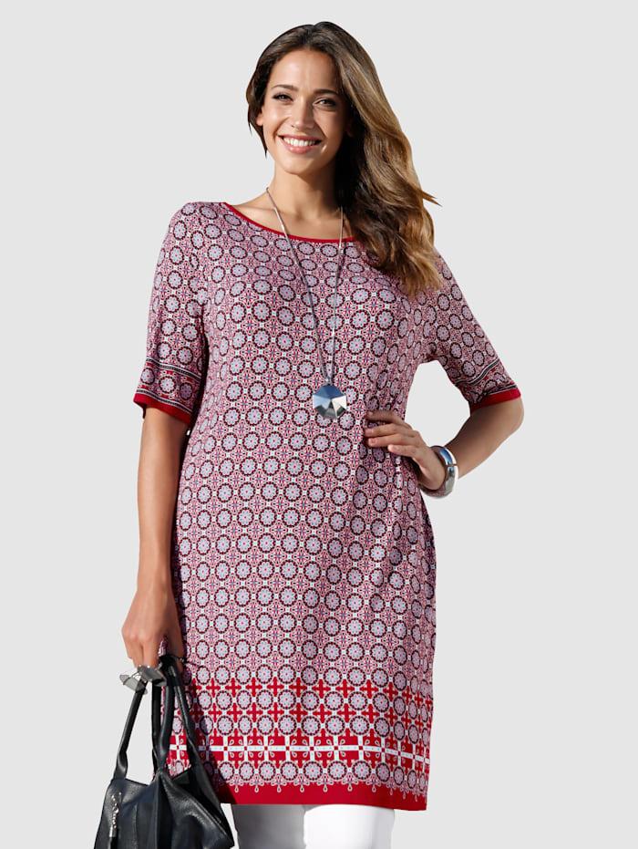 Kleid mit modischem Minimal-Druckmuster