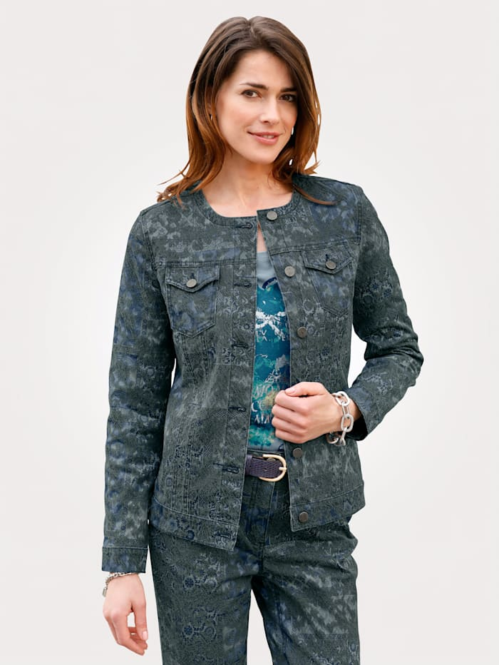 Denim jacket made from a jacquard fabric