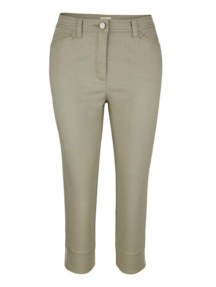 Cropped trousers with seam detailing