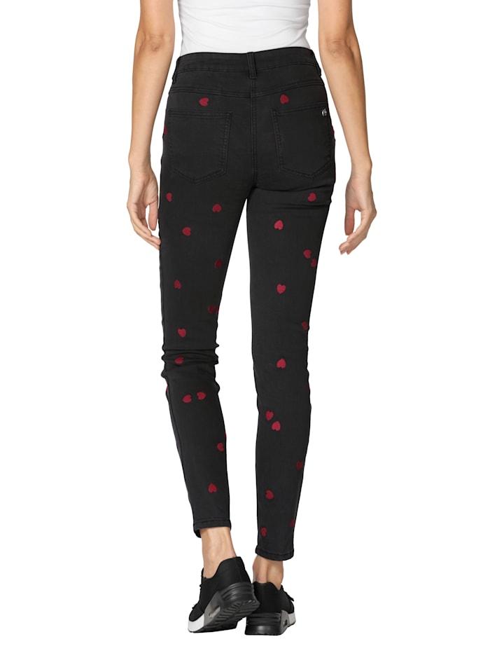 Jeans mit Herzchen-Print