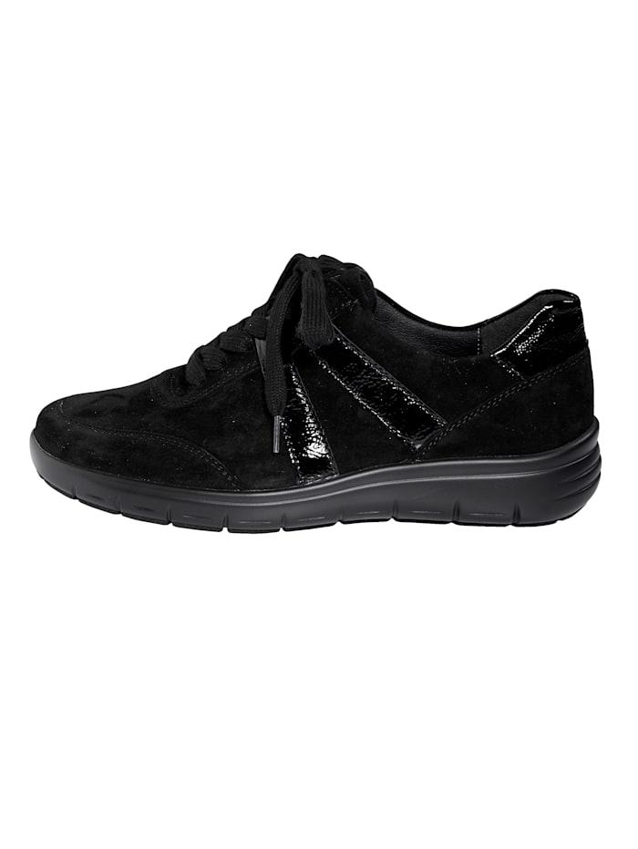 Šnurovacia obuv s absorbérom nárazov