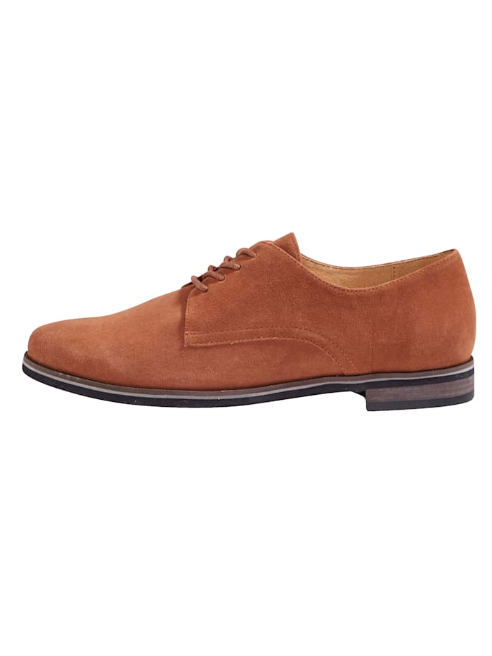 Lace-up shoes in a classic design