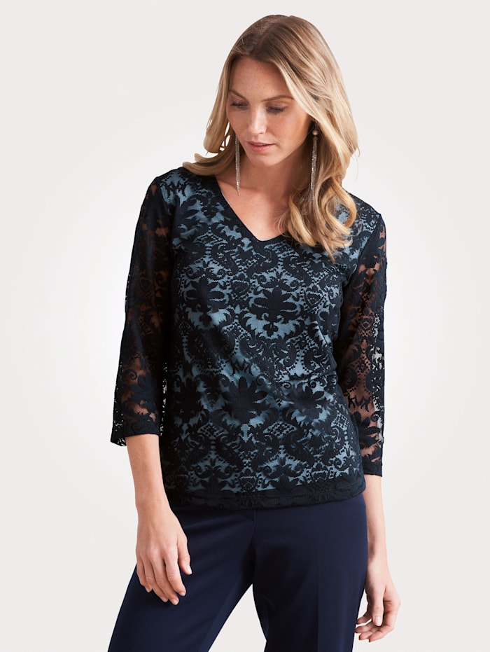 Lace top in a gorgeous pattern