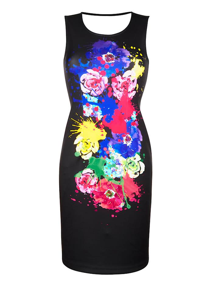 Kleid mit großflächigem Farbklecks vorne