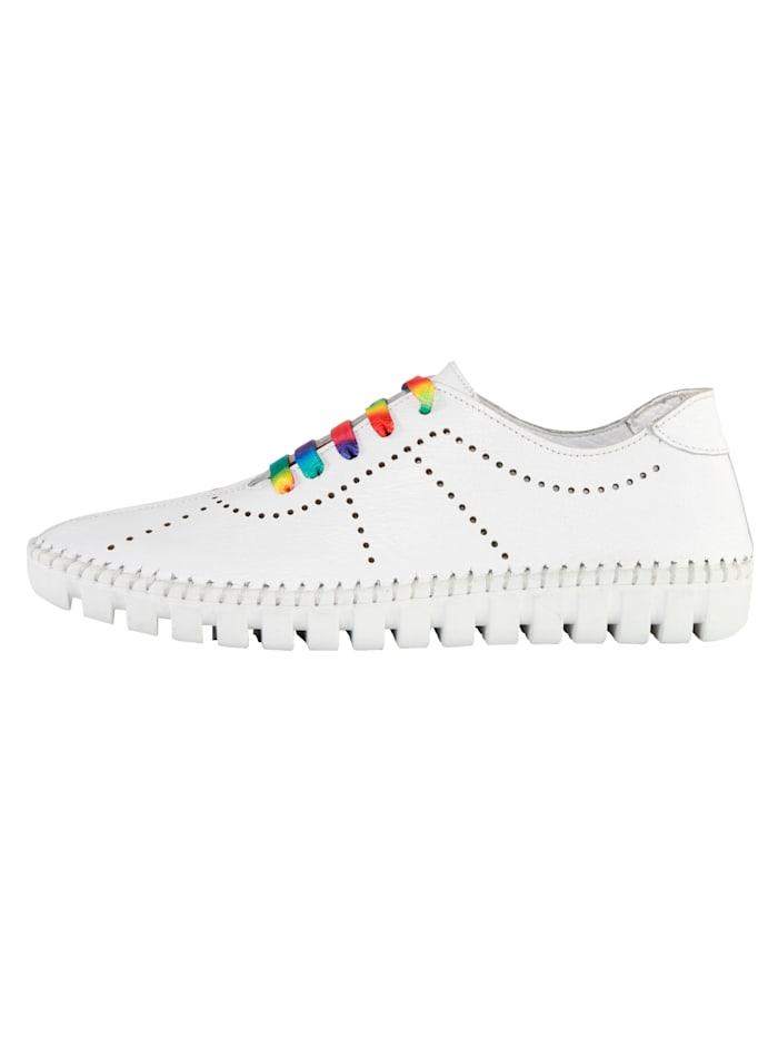Sneakers à découpes estivales