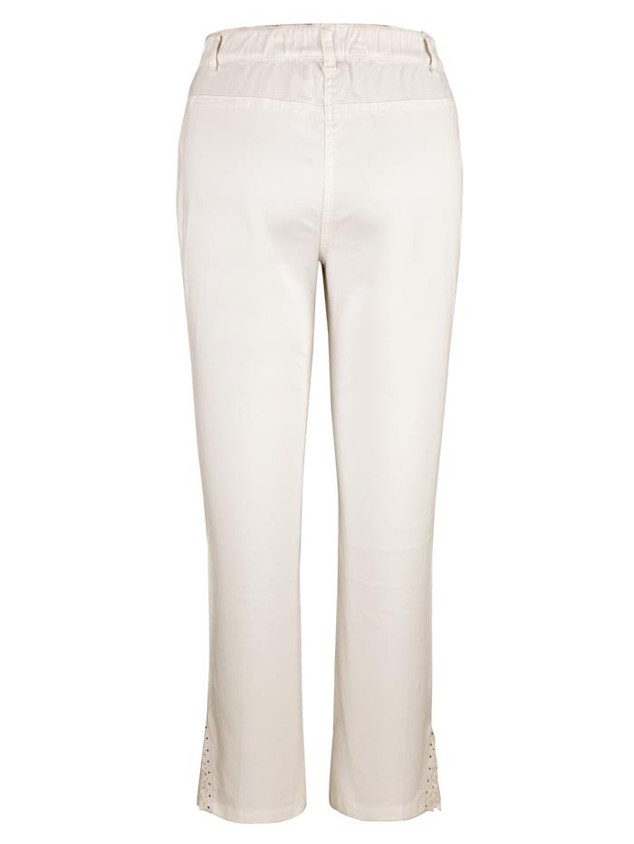 Bukse med blonder på benkanten
