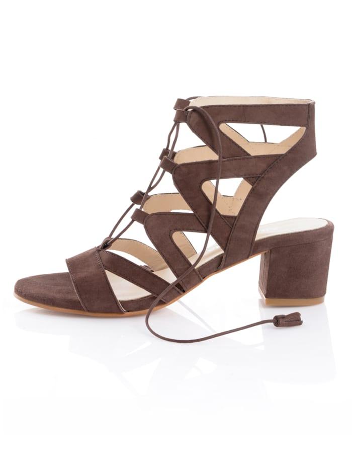 Sandaaltje met siervetersluiting