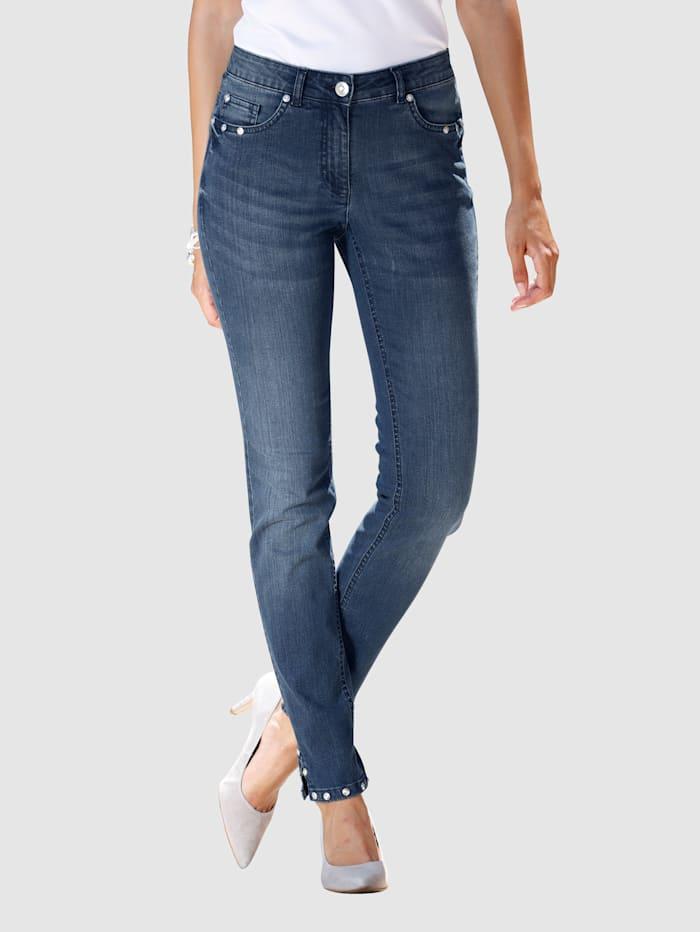 Jeans i modell Laura Extra Slim