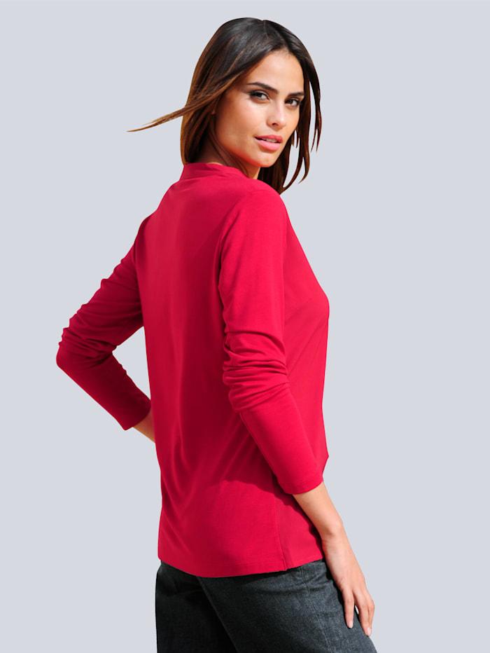 Shirt in kombinierfreundlicher Farbstellung
