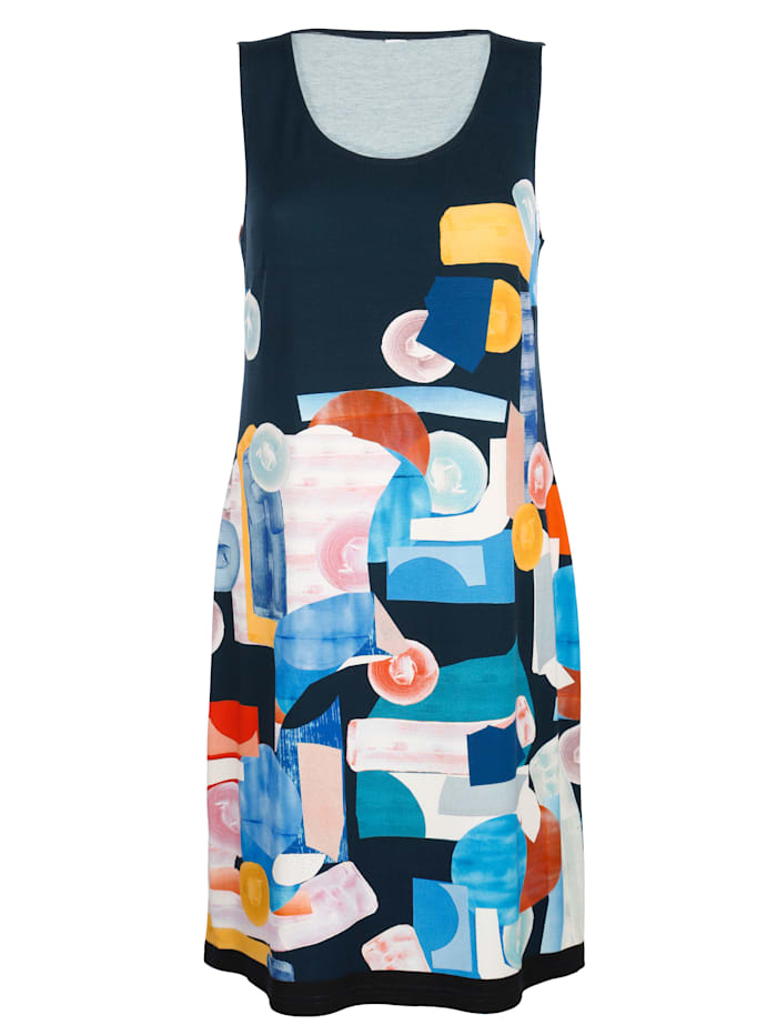 Beach dress with bold print