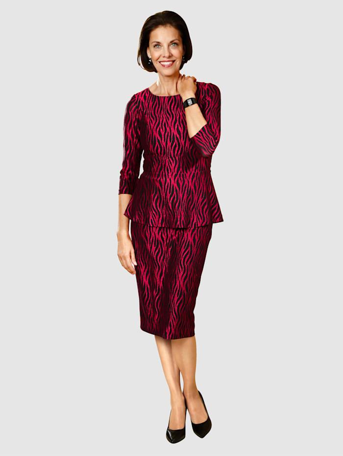 Sukňa s módnym dizajnom
