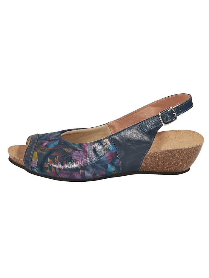 Sandaaltje met gesp
