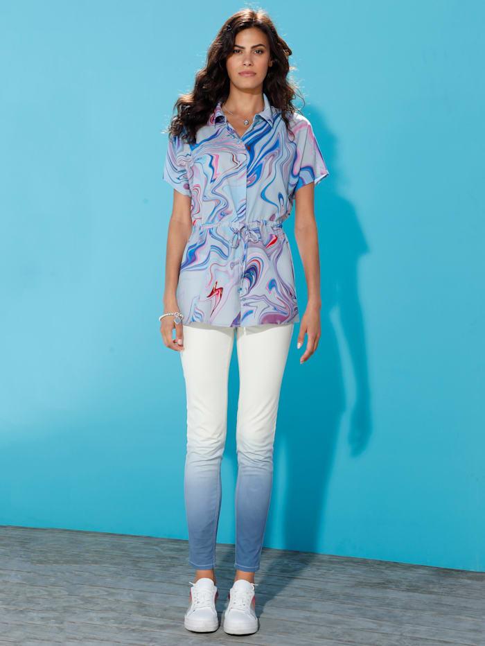 Jeans med fargegradering