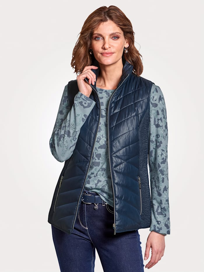 MONA Quilted gilet in a flattering design, Navy