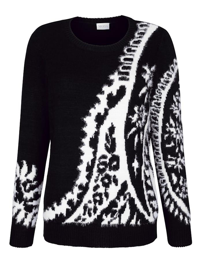 Pullover aus haarigem Garn
